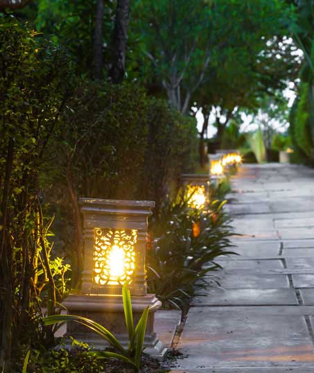 City Limits Landscaping & Snow Removal Residential Landscape Lighting